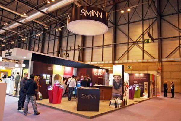 Stand ecológico Elson Sminn