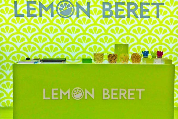 Stand de diseño Lemon Beret